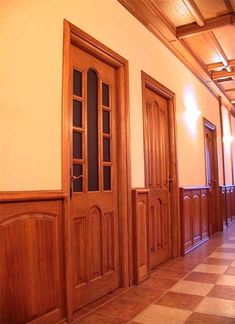Двери / Арки. Межкомнатные, входные (усиленные) дверные блоки. Потайные дверные блоки. Частный интерьер. (фотогалерея компании «Русский Двор»)